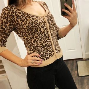 Worthington cheetah button down top Medium